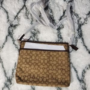 NWT Coach Crossbody Purse /Bag
